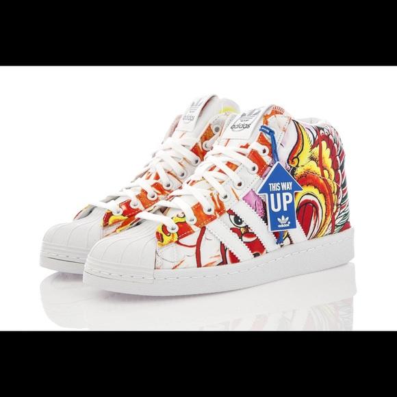 Rita Ora Dragon Print Superstar Sneaker Size 8
